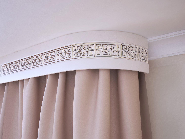 Потолочный карниз на натяжной потолок фото белый